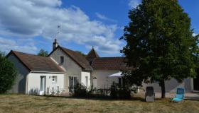 Detached house in rural environment in South Burgundy