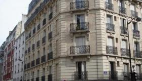 Apartment in Paris 75013 of 104 sq. m (1120 sq. ft), near BNF