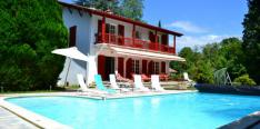 For sale or rent by owner: Basque villa with pool in idyllic village near Biarritz