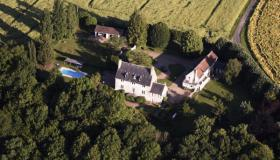 Country estate for sale in Sarthe (North West France) with Manor and farmhouse, tourist business