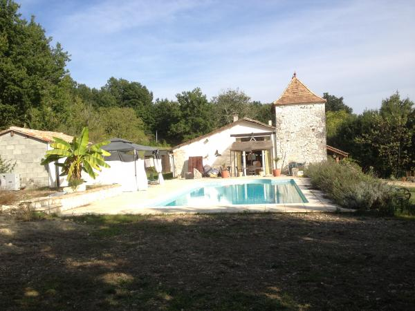 Character stone house with pigeonnier and pool in private gardens