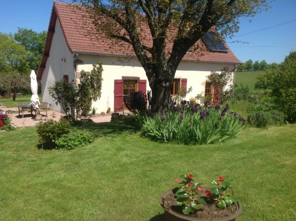 Charming detached home for sale in Stone et Loire with beautiful vues