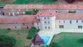 Country chateau with guest house between Toulouse & the Pyrenees