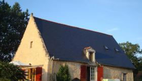 Century old farmhouse with gîtes for sale in Central France ( Indres)