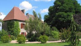 Elegant Manor House of character on up to 9.3 ha in the heart of the Périgord Limousin National Park