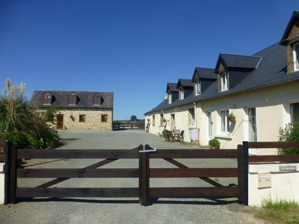 Equestrian property with 3 dwellings, stable block, sand paddock