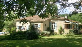 Renovated stone farmhouse for sale in France on 5000 m2 with swimming pool and splendid view