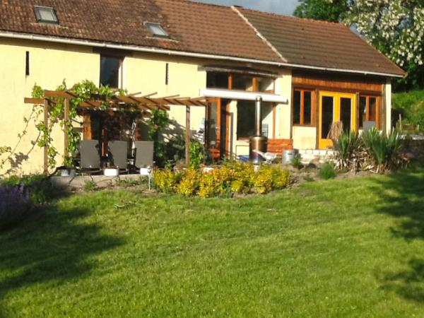 Renovated former farm house with guest accommodation, quietly situated