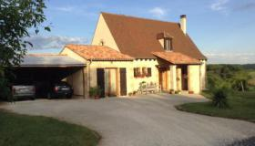 Detached house, magnificently situated between Sarlat, Les Eyzies and St Cyprien
