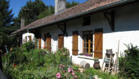 Marvellous cottage for sale in North France, privately located at dead-end road in small village