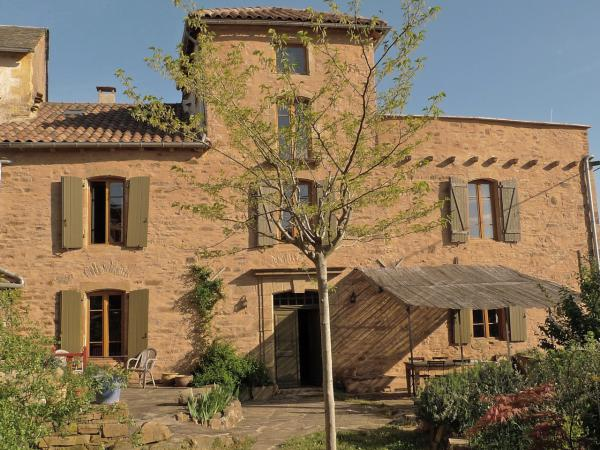 Splendid 17th century house in South France for sale with gite and barn in very quiet surrounding