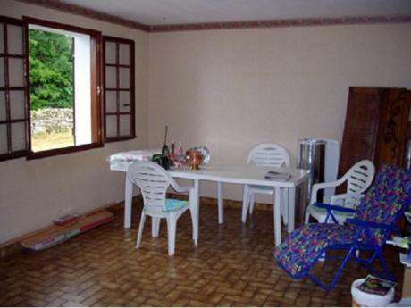 Single floor house 92m2 with 2500m2 of land