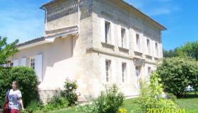 Lovely 'girondin' home with swimming pool in the St. Emilion