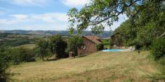 Beautiful family or holiday house with pool and lots of privacy