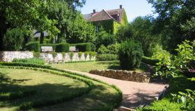 Charming Bed and Breakfast on the western border of the Morvan