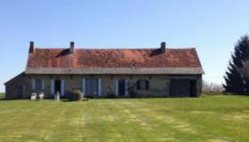 Very spacious Farmhouse with land, buildings and stunning views
