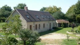 Stylishly restored farm house with sheds and horse stables on 4.8 Ha land