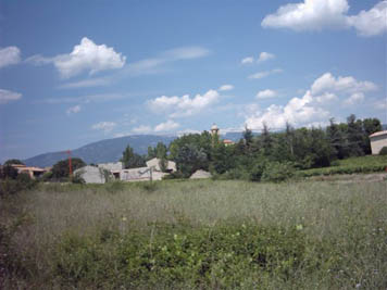 1600m2 of constructible land near Carpentras