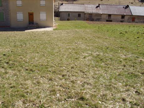 Constructible plot of 1100m2 at 1300m altitude