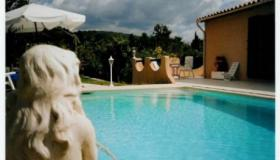 Villa with two flats and swimming pool on 1800 sqm
