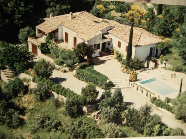 Impressive villa with pool, Draguignan