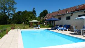 Enchanting Farm, Idyllically Situated on 6.2 Acres, with Outdoor Swimming Pool, Ideal for Animal Lovers