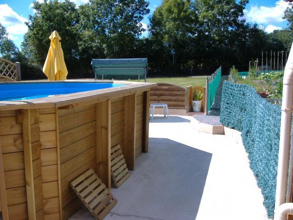 Vendre grande maison 3 chambres enti rement r nov es for Prix piscine creuse