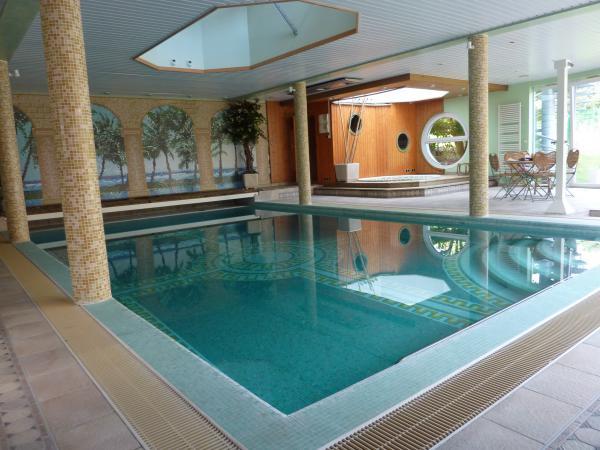 192 vendre a vendre demeure de prestige avec piscine int 233 rieure fitness salles de r 233 union