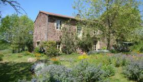 Maison vendre aveyron entre particuliers immobilier - Maison en pleine nature ...