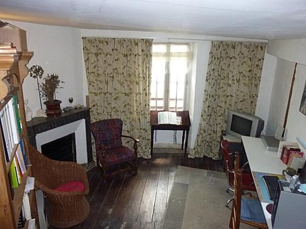 vendre jolie maison de village 120m en cours de r novation vendre sos. Black Bedroom Furniture Sets. Home Design Ideas