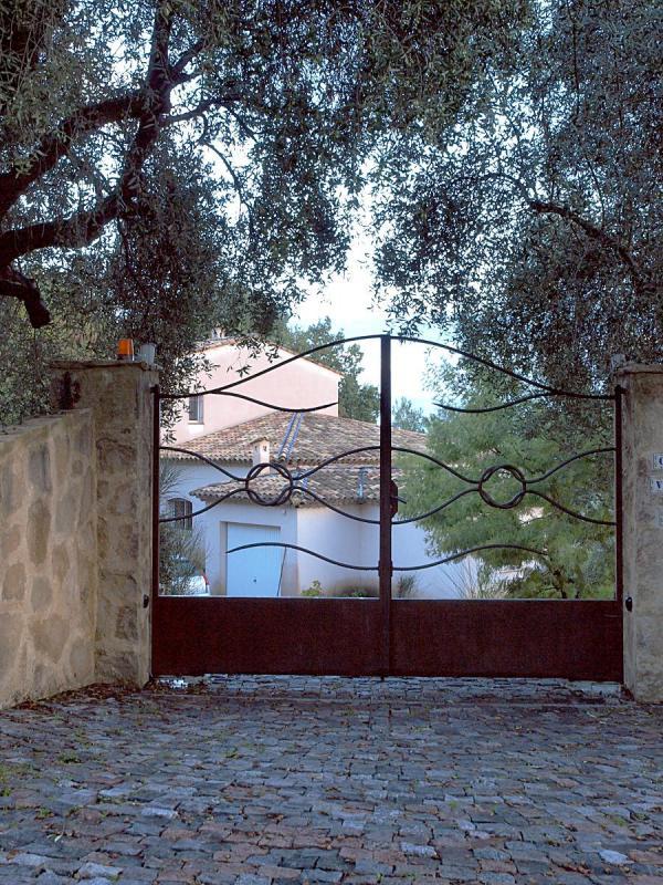 Vendre Villa De Standing 4 Chambres 180m2