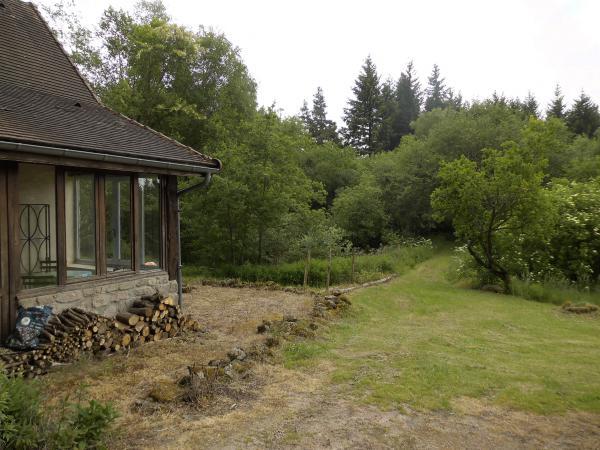 Te koop landgoed met drie direct bewoonbare huizen op 1 6 for Bos te koop
