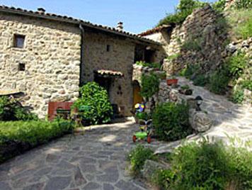 Te koop oude boerderij verbouwd tot woonhuis met herberg for Te koop oude boerderij