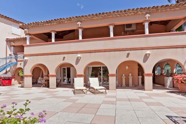Te koop royaal en luxe appartement met groot terras - Loggia verlicht ...