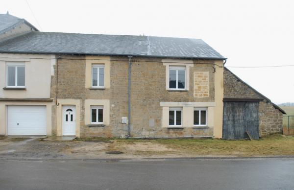 Te koop ruime dorpswoning met grote garage op 1400m2 for Paard aan huis te koop